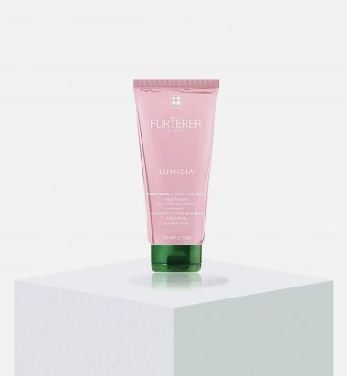 LUMICIA Shine Enhancing Shampoo